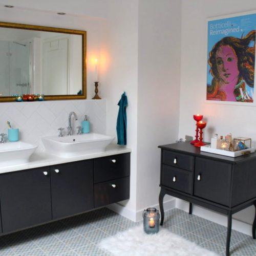 Fürdő és Warhol